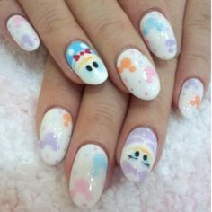 Donald and Daisy Duck Disney nails! #cutenails #nailart #nails