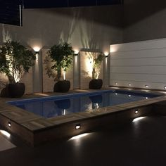 Área de Lazer com Piscina: +75 Fotos para se Inspirar em 2020 Small Indoor Pool, Small Backyard Pools, Backyard Patio, Backyard Pool Designs, Patio Design, Home Room Design, Dream Home Design, Outdoor Garden Rooms, Pool Landscape Design