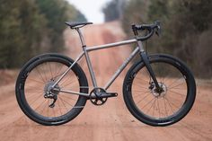 Bobby's Land Run 100 Moots Routt 45 Photos and words by Jarrod Bunk Bobby knows the Gravel roads around Stillwater, when given the opportunity to make his ultimate gravel bike he chose the Moots Routt...