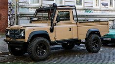 LANDROVER DEFENDER 110 PICKUP