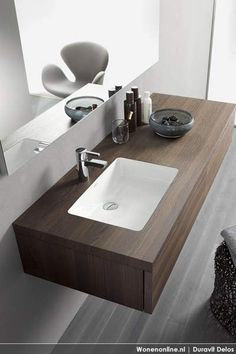In today's article we present a dynamic new Duravit Design, specialists in bathrooms. These latest designs of bathroom furniture with sink DELOS EOOS, are light Small Basement Bathroom, Modern Bathroom Sink, Modern Sink, Bathrooms, Bath Trends, Bathroom Trends, Duravit, Bad Inspiration, Bathroom Inspiration