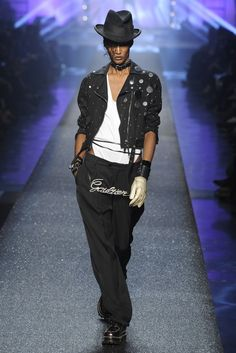 I loooove Sessilee Lopez in this Jean Paul Gaultier! #swagger