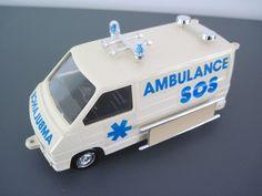 Klik Klak Renault model ambulance - Plastic .. Rare ?   eBay