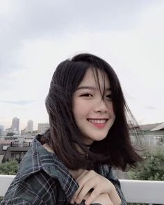Ulzzang Short Hair, Korean Short Hair, Ulzzang Korean Girl, Very Pretty Girl, Cute Girl Face, Long Hair Tips, Uzzlang Girl, Girl Inspiration, Girl Short Hair