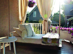 DIY outdoor hanging bed ::: the new porch swing Outdoor Hanging Bed, Outdoor Daybed, Hanging Beds, Diy Hanging, Outdoor Swings, Outdoor Furniture, Farmhouse Porch Swings, Porch Bed, Diy Porch
