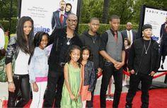 The Murphys ~~>  eddie has 5 million kids!!!!!!!!!!