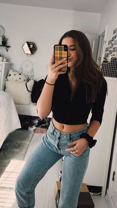 Die süßesten Mutter Outfits : Mama mit Stil - Page 42 of 300 - Maddie Ziegler, Mackenzie Ziegler, Aesthetic Girl, Aesthetic Clothes, Trendy Outfits, Fashion Outfits, Ladies Fashion, Fashion Trends, Maddie And Mackenzie