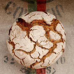 Broa de Milho - Portuguese White Corn Bread Portuguese Corn Bread Recipe, Portuguese Recipes, Portuguese Food, Bread Recipes, Cooking Recipes, Bread Dough Recipe, Our Daily Bread, Fun Cupcakes, How To Make Bread