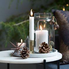 Xmas How to Care for Leather Scandinavian Holidays, Minimalist Christmas, Christmas Mood, Scandinavian Christmas, Christmas Candles, Christmas Centerpieces, Christmas Decorations, Xmas, Holiday Decor