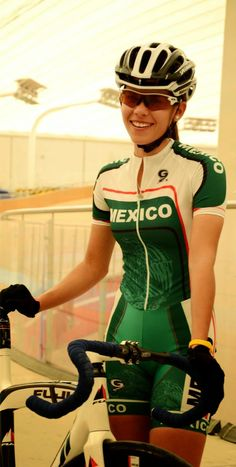 Brenda Santoyo Pérez, ganadora del premio Estatal del Deporte 2014 ~ Ags Sports