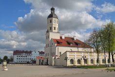 1) Это последний пост из весеннего путешествия по Беларуси, прошедшего с 1 по 4 мая, когда я посетил Брест, Новогрудок, Мир и Несвиж, благодаря продолжительным…