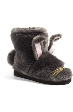 e1bc58e91bb2b 8 Super Glam Slippers For Your Cold Feet