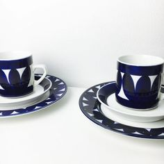 "Vintage Arabia Finland ceramic coffee cups with desert plate and saucers named ""Sotka"",Göran Bäck/ Raija Uosikkinen, 1970"