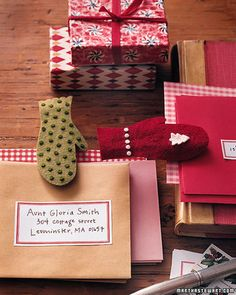 These mittens won't warm chilled hands, but they will generate good cheer when clipped to gift tags.