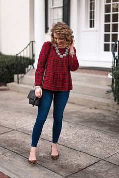 holiday fashion Holiday Style - Something Delightf - holiday Business Casual Outfits, Casual Fall Outfits, Winter Fashion Outfits, Holiday Fashion, Autumn Winter Fashion, Summer Outfits, Cute Outfits, Holiday Style, Holiday Outfits Women Christmas