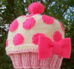 Cupcake hat! Cute!