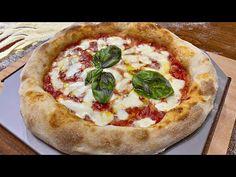 Pizza napoletana fatta in casa 🍕 ( senza impastare) - YouTube Focaccia Pizza, Flatbread Pizza, Top Recipes, Pizza Recipes, Cooking Chef, Cooking Recipes, Gluten Free Pizza, Food Obsession, Strudel