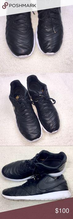 f0814e81df961 Nike ROSHE TIEMPO VI QS size 11.5 black   white NIKE Roshe Low top men s  sneaker