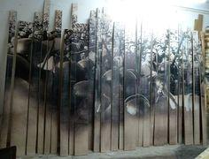 Graciela Sacco,   De la serie Tension Admisible, Cuerpo a Cuerpo  Instalación  Incrustación fotográfica sobre madera  2011  220x300cm