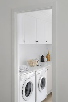 Sitting Pretty - laundry inspiration and ideas Laundry Design, Washroom, Image House, Stacked Washer Dryer, Laundry Room, Building A House, Kitchen Appliances, Kitchens, Sweet Home