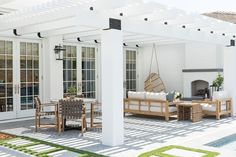 A reader has a new back deck, but needs help figuring out the perfect patio furniture layout. Here are my ideas for her awesome outdoor space! Outdoor Lounge, Outdoor Rooms, Outdoor Dining, Outdoor Decor, Outdoor Patios, Outdoor Kitchens, Indoor Outdoor Living, Outdoor Areas, Outdoor Kitchen Design
