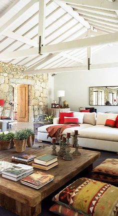 Charming Home Design with Modern Textures and Rustic Furniture
