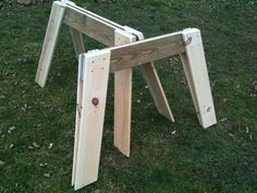 Picture of Simple Easy Folding Sawhorses