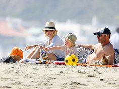 BEACH BUMS photo | Liev Schreiber, Naomi Watts