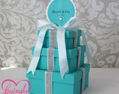 Baby Shower Ideas on decorations, over 50 baby shower themes, FREE Baby Shower Games Printable and baby shower Favors Bling Baby Shower, White Bridal Shower, Baby Shower Themes, Baby Boy Shower, Shower Ideas, Shower Tips, Tiffany Theme, Tiffany Party, Tiffany And Co