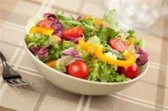 Σαλάτα λαχανικών με καρύδια