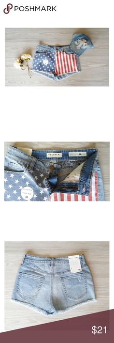 """Bullhead Jeans Shorts Red White & Blue High Rise SAMPLE SHORTS from Bullhead Denim Co. Size: 7, Waist: 13.5"""" Hips: 16"""" flat across, Rise: 10"""" faded colors Stars and Stripes, Classic Fit, new with tags, BULLHEAD DENIM CO Shorts Jean Shorts"""