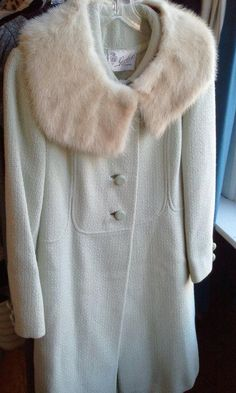 Swoooonin' over our dreamy creamy vintage fur collar coat! Open House today 1-5!