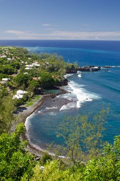 La Reunion/Reunion Island - I want to go here! : La Reunion/Reunion Island - I want to go here! Amazing Destinations, Vacation Destinations, Island Nations, Future Travel, Adventure Is Out There, Strand, Beautiful Places, Scenery, Places To Visit