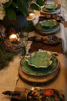 woodland scape from vignette design with Majolica Plates Hobbit Party, Vignette Design, Beautiful Table Settings, Fall Table, Deco Table, Decoration Table, Dinner Table, Vignettes, Tablescapes