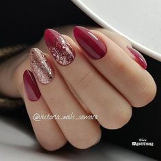 Beautiful red sparkle nails, christmas nails glitter, holiday nails, red and gold nails Manicure Nail Designs, Red Nail Designs, Nail Manicure, Red Shellac Nails, Manicure Ideas, Xmas Nails, Holiday Nails, Halloween Nails, Red Christmas Nails