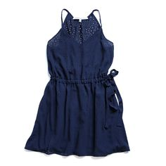 Cute summer dress. Like the style...focus on the arms.