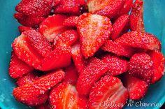 """chillies 'n' cherries: """" Fresh Strawberry cake """""""
