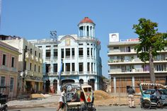 Walking around the streets of Camaguey, Cuba