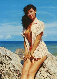 bettie page is so lovely!