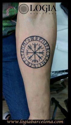 Resultado de imagen de vegvisir tattoo