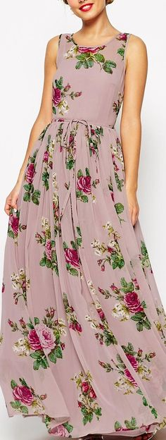 lilac floral maxi dress--looks like view B of McCall's 7159. This seems like the perfect summer dress as it ties instead of being fitted with a zipper.