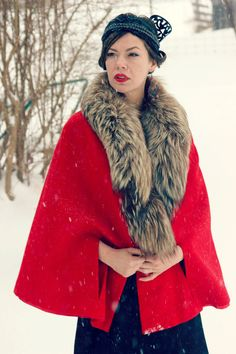 Vintage 1940s RED Wool cloak cape with FOX fur by CedarBelle