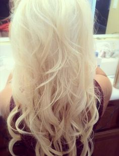 Love this!!! blonde hair :)