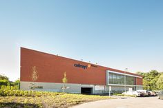 Colruyt #Stadsbader #Building #retail Building Department, School Building, Retail, Outdoor Decor, Home, Ad Home, Homes, Haus, Sleeve