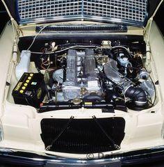 79F80 Motorraum, Typ 280 E / 280 CE der Baureihe 114
