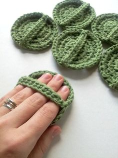 Face scrubbies, set of 6, scrubbies with handle, eco friendly, sage green scrubby, washable, cotton crochet pads, crochet face scrubbies #Eco-Friendly #eco-friendlyliving