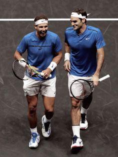 alegria entre NADAL y FEDERER jugando juntos por primera vez  LAVER CUP 2017  Las risas luego de que Federer iba a rematar una pelota pero Nadal se la quito sin querer. Una descoordinacion que igual salio perfecta.   Ganan el partido 6-4 1-6 10 - 5 (3er set super tiebreak)
