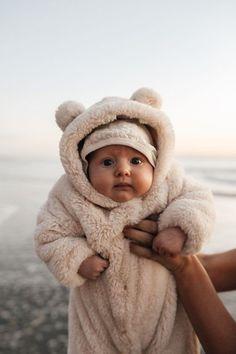 Baby Boy / Girl Bear Design Winter Hooded Baby Coat Baby Jumpsuit - My Website 2020 So Cute Baby, Cute Babies, Vintage Baby Clothes, Vintage Boys, Unique Vintage, Cute Baby Boy Clothes, Hipster Baby Clothes, Cute Baby Boy Outfits, Dress Vintage