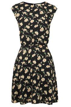 Louche Ava Daisy Print Dress - Floral Dresses - Dresses - Clothing - Womenswear