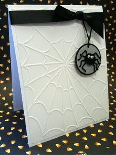 Cute simple Halloween card #stampin' up! #spider web embossing folder